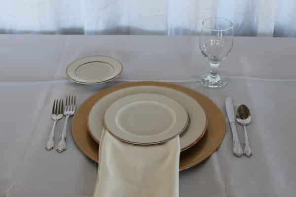 Place Setting - China - Ivory and Gold - 01