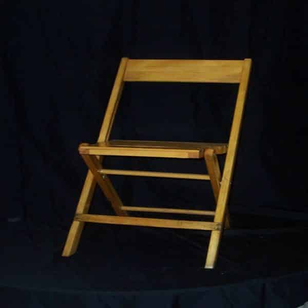 Chair - Folding - Wood - Natural - 01